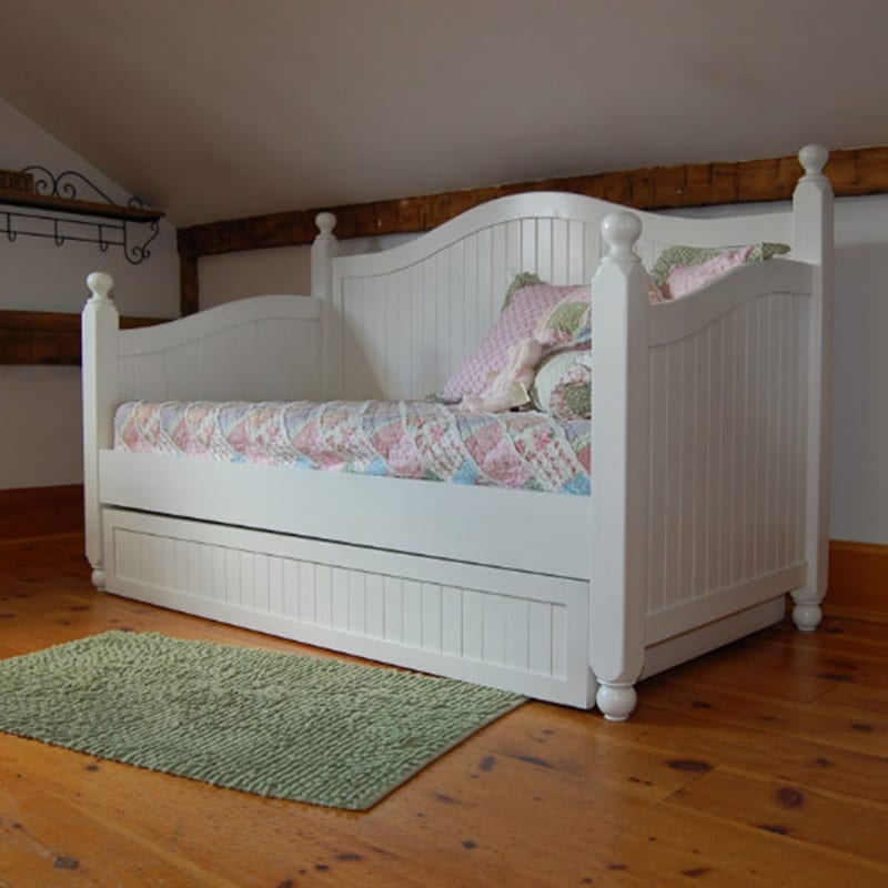 Curved Panel Day Bed with Pullout Trundle