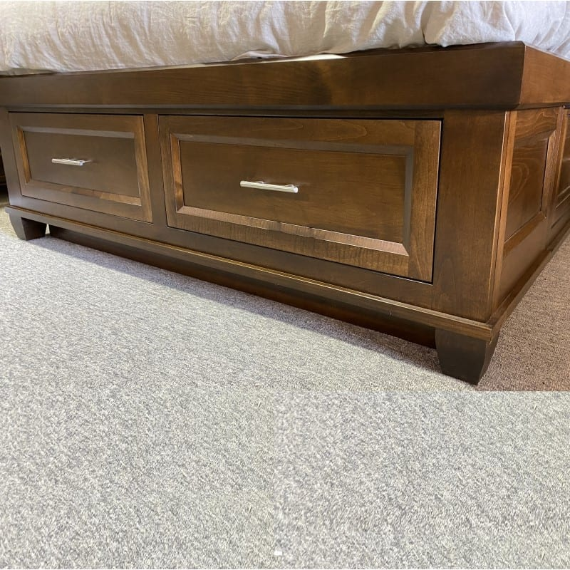 drawer detail at end of bed